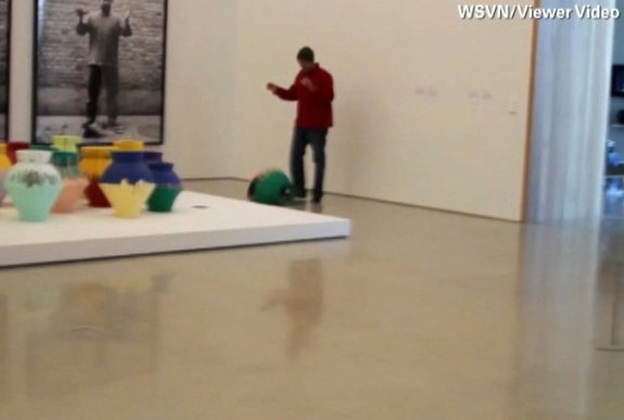 Angry Artist Smashes Ai Weiwei S Work Video Stills